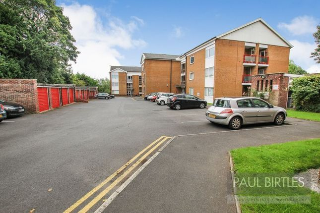 Thumbnail Flat to rent in Manor Park, Manor Avenue, Urmston, Manchester