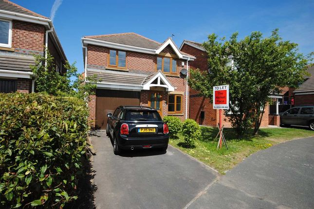 Thumbnail Detached house to rent in Plovers Way, Herons Reach, Blackpool