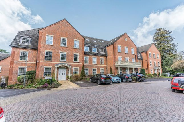 Thumbnail Flat to rent in Newitt Place, Bassett, Southampton