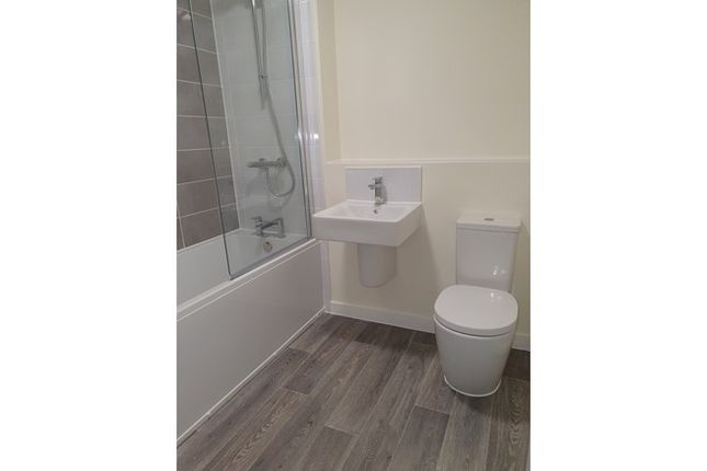 2 bedroom town house for sale in 2, 4, 6 And 8, Shuttleworth Close, Castle Donington, Leicestershire