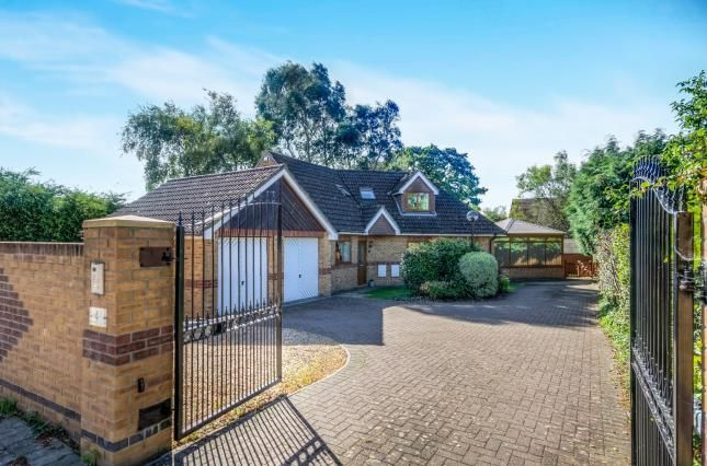 Thumbnail Detached house for sale in Hamble Lane, Bursledon, Southampton