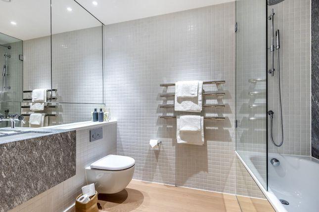 Bathroom of Upper Riverside, Cutter Lane, Greenwich Peninsula SE10