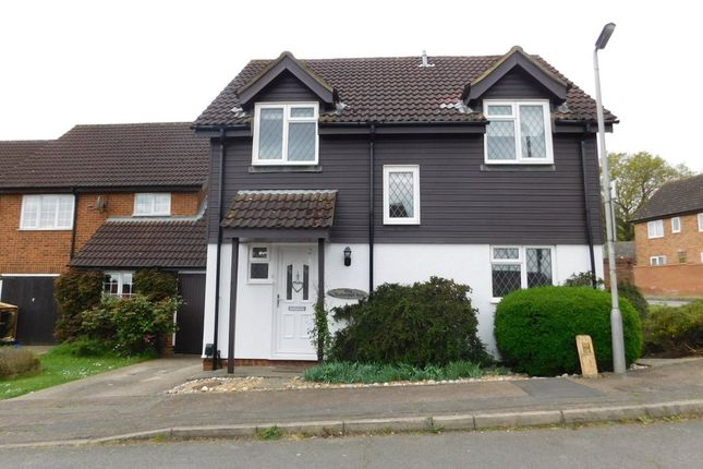 Thumbnail Link-detached house for sale in Larkswood Rise, St Albans, Herts
