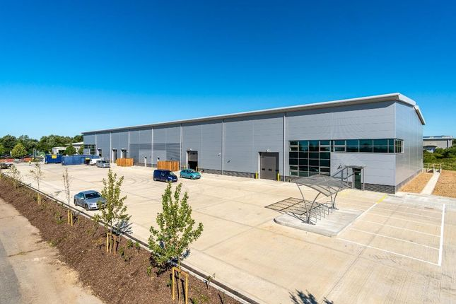 Thumbnail Warehouse to let in Barncroft Close, Tangmere, Chichester