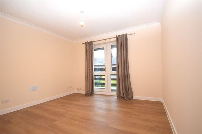 Thumbnail Flat to rent in William Court, Hows Road, Uxbridge