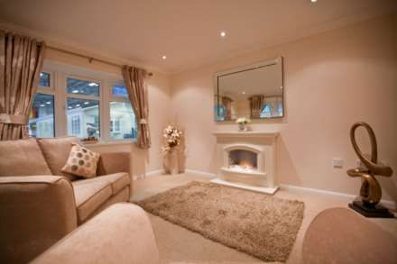 Thumbnail Mobile/park home for sale in Middleview Drive, Surrey Hills Park, Normandy, Guildford