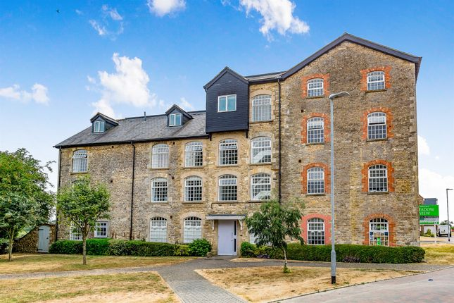 Thumbnail Penthouse for sale in Mill Lane, Westbury, Brackley