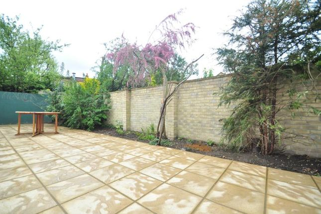 Thumbnail Detached bungalow to rent in Elers Road, Ealing