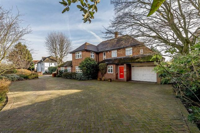 Thumbnail Detached house for sale in Broad Walk, London