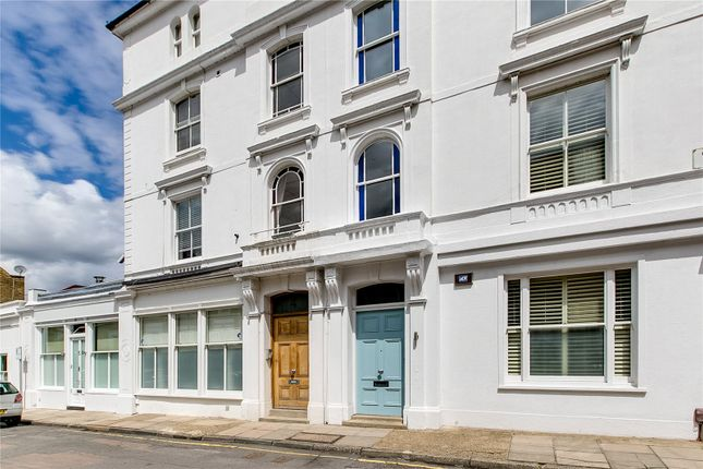Thumbnail Flat for sale in Onslow Road, Richmond, Surrey
