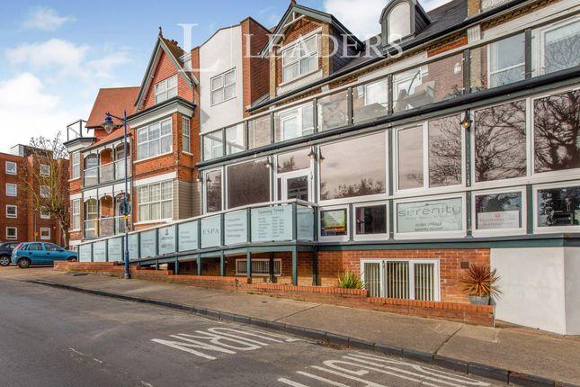 3 bed flat to rent in Wolsey Gardens, Felixstowe IP11