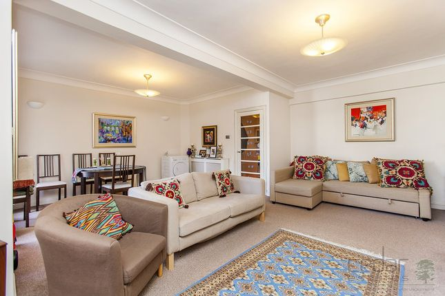 Thumbnail Flat to rent in Gloucester Place, London