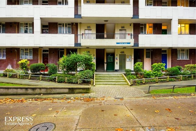 Thumbnail Flat for sale in Hallfield Estate, London