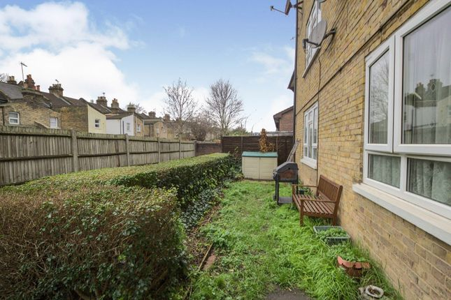2 bed flat for sale in Woolwich Road, London SE7