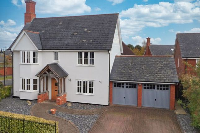 Thumbnail Detached house for sale in Oakdale Close, Wychwood Park, Cheshire