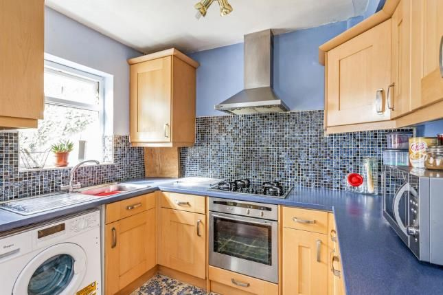 3 bed end terrace house for sale in Windermere Road, London