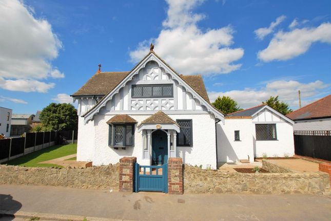 Thumbnail Detached house for sale in St Leonards Road, Hythe