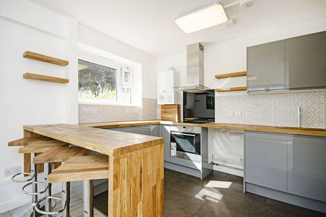 2 bed flat for sale in Scriven Street, Hackney