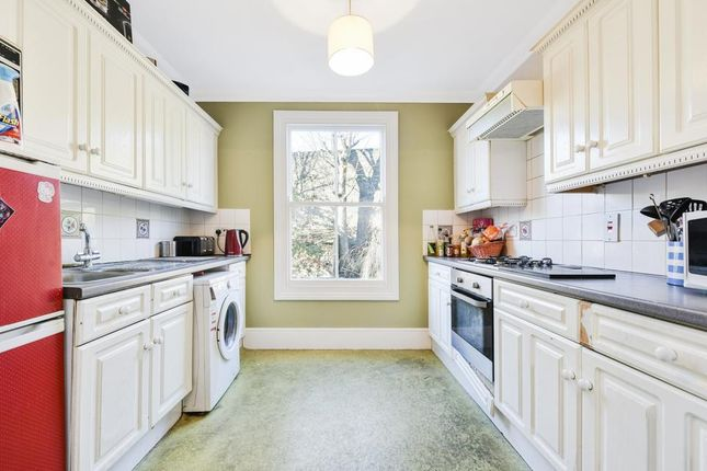 Thumbnail Flat for sale in Tomlins Grove, London