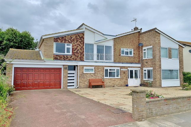 Thumbnail Detached house for sale in Cliff Parade, Walton On The Naze