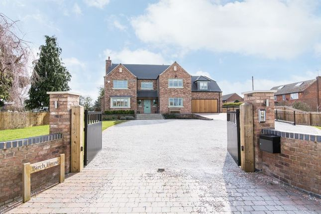 Thumbnail Detached house to rent in Chapel Lane, Barrow-On-Trent, Derby
