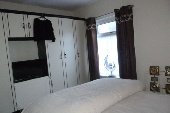 Thumbnail Terraced house to rent in Leeming Lane South, Mansfield