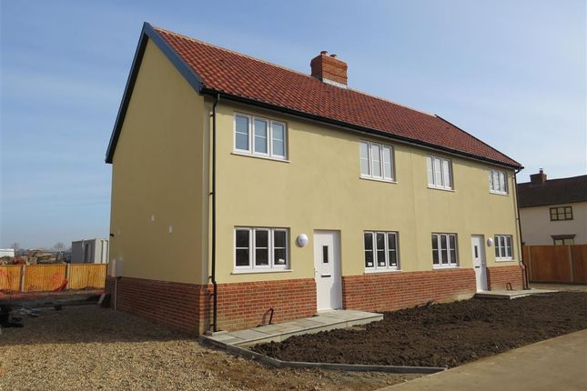 3 bed semi-detached house to rent in Silver Street, Besthorpe, Attleborough NR17