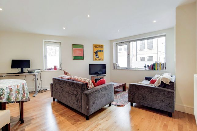 2 bed maisonette for sale in Liberty Street, London SW9