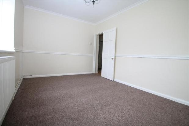 Thumbnail Flat to rent in Bromley Road, Catford