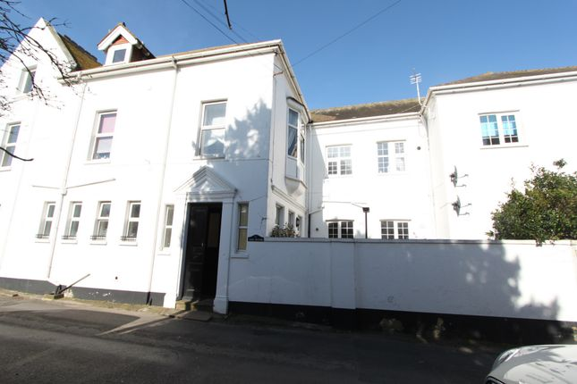 Thumbnail Flat to rent in Walmer Castle Road, Walmer
