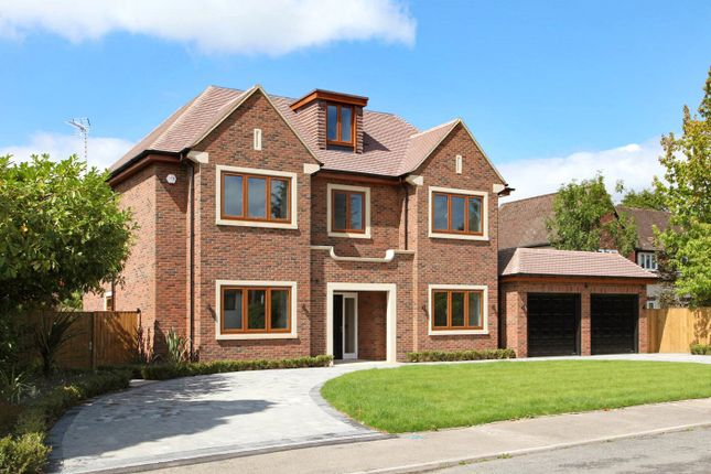 5 bed detached house for sale in Woodlands Glade, Beaconsfield, Bucks