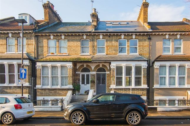 Thumbnail Property to rent in Linden Gardens, Chiswick