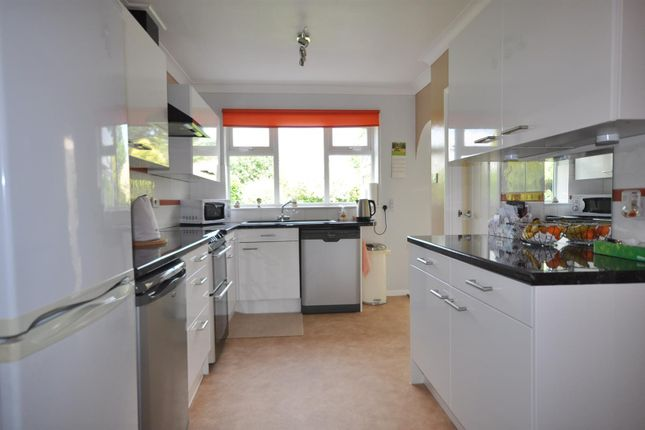 Kitchen Diner of Nelson Lane, North Muskham, Newark NG23