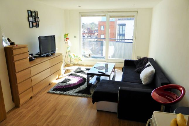 Thumbnail Flat to rent in The Courtyard, Camberley, Surrey
