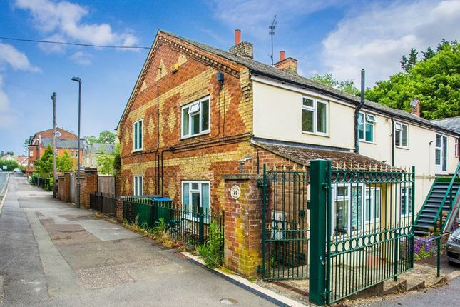 Thumbnail Semi-detached house to rent in Chandos Road, Buckingham