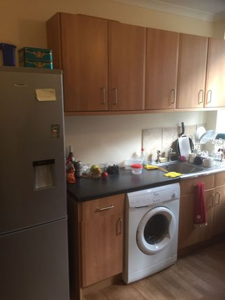 Thumbnail Terraced house to rent in Crosby Row, Southwark