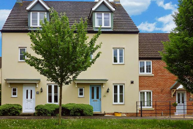 Thumbnail Terraced house to rent in Campion Way, Witney, Oxfordshire
