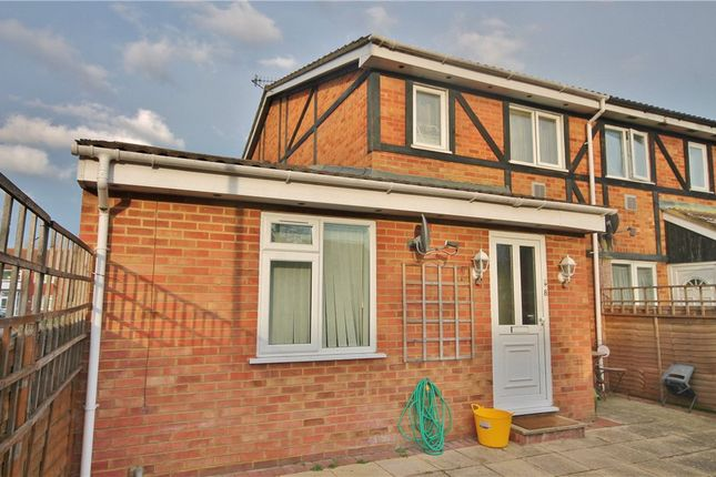 Thumbnail Studio to rent in Ingleside, Colnbrook, Slough