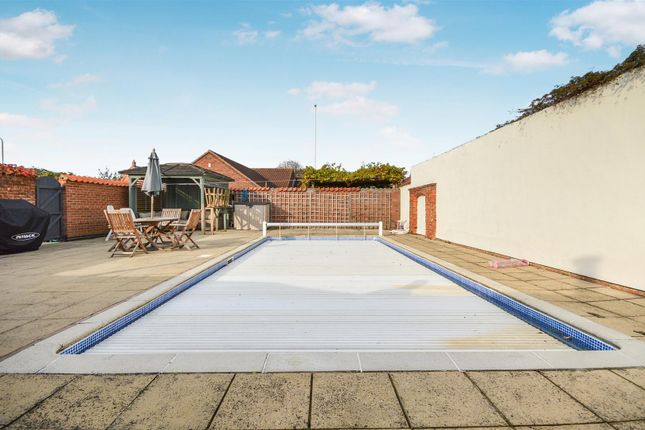 Swimming Pool of High Street, Sturton By Stow, Lincoln LN1