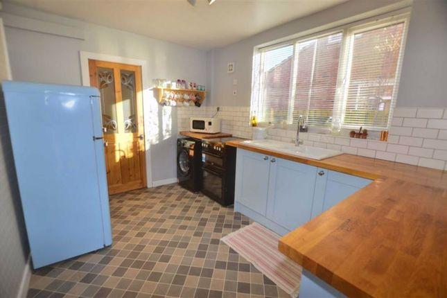 Kitchen of Snaith Road, East Cowick, Goole DN14