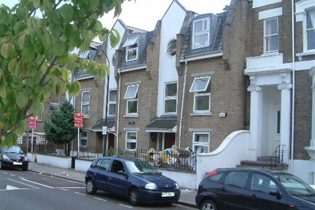 Thumbnail Flat to rent in Benbow Road, London