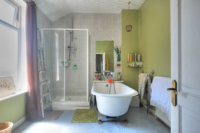 Bathroom of High Street, Gorleston NR31
