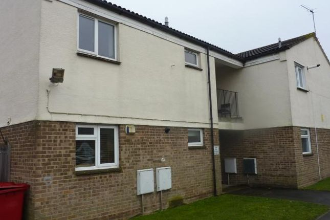 Thumbnail Flat to rent in Northmead Road, Slough