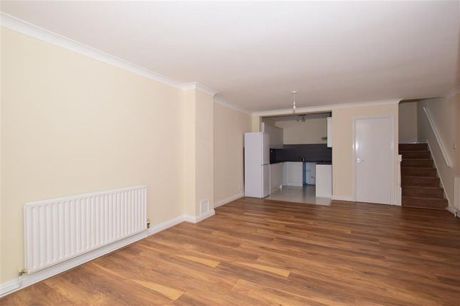 Thumbnail Maisonette for sale in Poplar Road, Leatherhead, Surrey