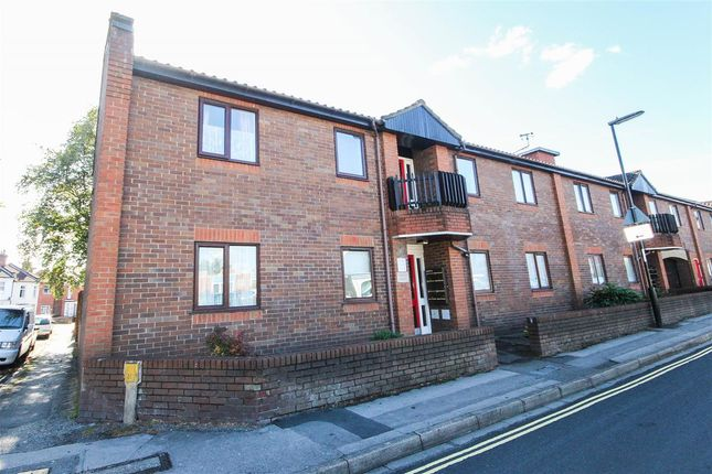 Thumbnail Flat to rent in Firgrove Court, 4 Grove Road, Southampton
