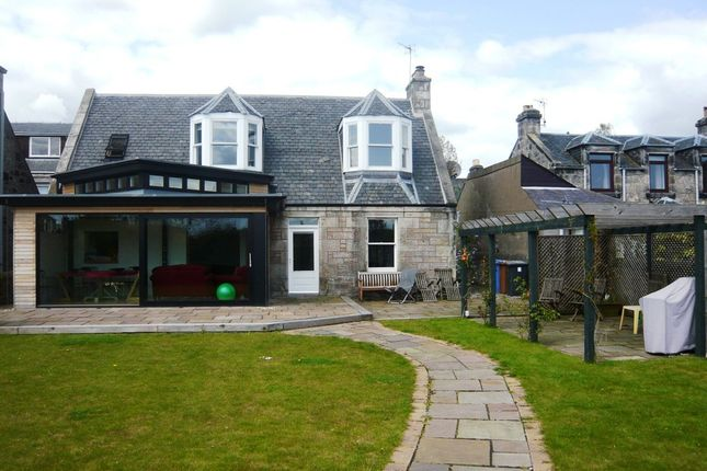 Thumbnail Detached house to rent in High Beveridgewell, Dunfermline