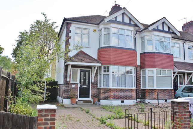 Thumbnail Semi-detached house to rent in Avenue Road, Woodford Green