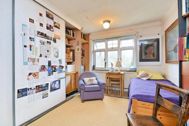 14'2 First Floor Bedroom