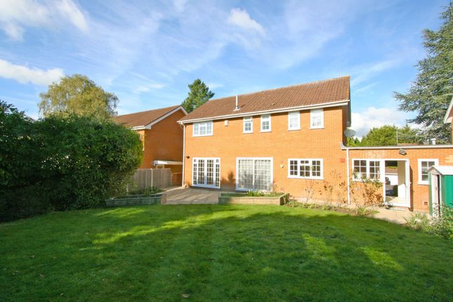 Thumbnail Detached house to rent in Shelley Close, Northwood