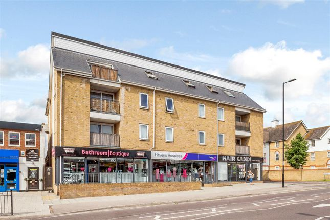 Thumbnail Flat for sale in Lambeth Road, Benfleet